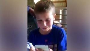 Tämä 9-vuotias opiskeli ahkerasti ja työskenteli kovasti perheen maatilalla, kii