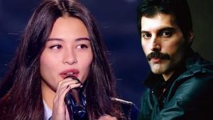 Nuori tyttö laulaa Bohemian Rhapsodyn tavalla, joka saa kaikki tuomarit kääntymä