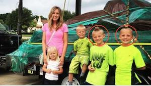 Hän jätti kaksi poikaansa vartioimatta voimakkaan munasarjojen kivun vuoksi. Pal