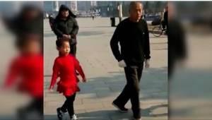 Hän opetti kahdelle tyttärelleen rakkauden tanssiin. Katso heidän yhteinen koreo