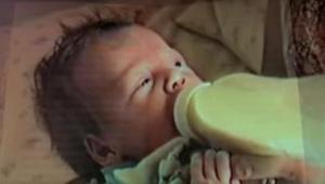 Hän synnytti 19-vuotiaana tyttären ja hankkiutui pian eroon tästä. 21 vuotta myö