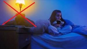Hyvä syy siihen, miksi lapsen ei koskaan pitäisi nukkua valot päällä.