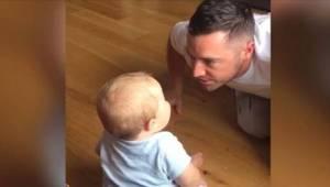 Hän halusi hauskuuttaa lasta, mutta lopulta hän itse itki naurusta kun kuuli poj