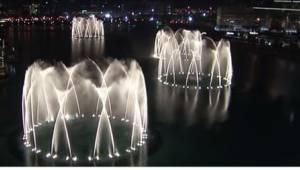 Yksikään suihkulähde ei vedä vertoja Dubain vastaavaan. Katso, mikä siitä tekee